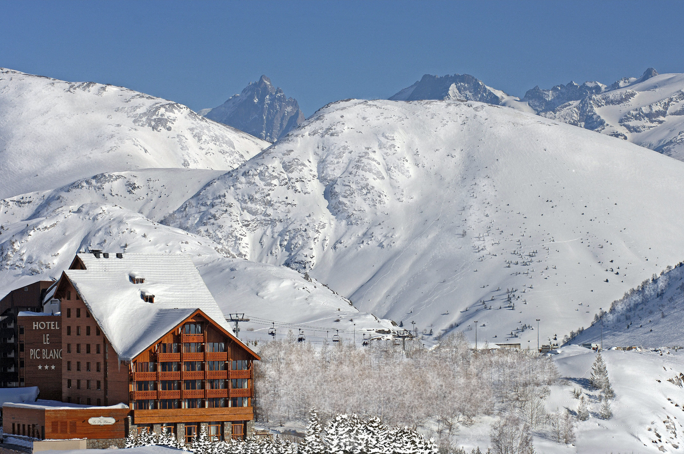 Hotel-Pic-Blanc_AlpeHuez11