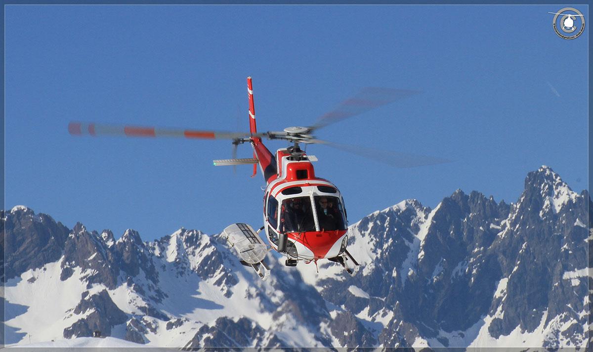 Hélicoptère avec le SAF