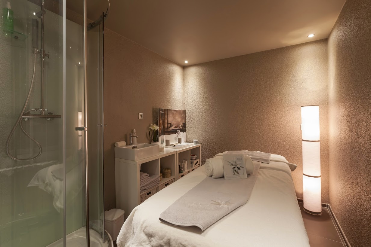 Spa_Royal_Ours_Blanc
